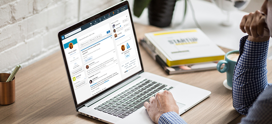 4 Hacks To Build A Powerful Personal Brand on LinkedIn
