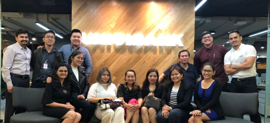 Philippine delegates reconnect after TradeConnect event