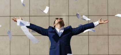 4 things to consider before pursuing your business full-time