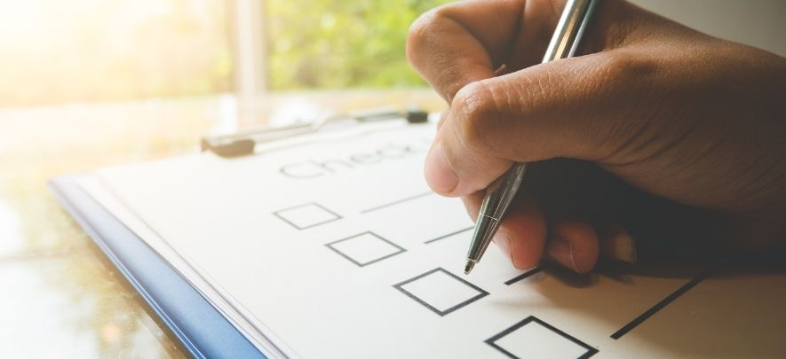 Year-end checklist for SMEs