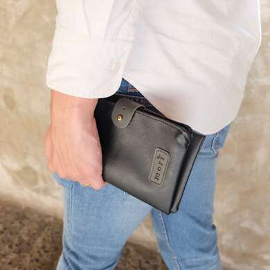 Black leather gadget pouch
